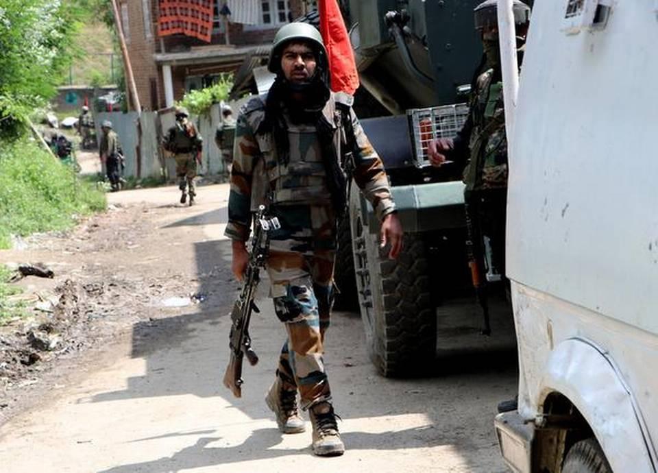 Militant killed, soldier injured in Sopore gunfight